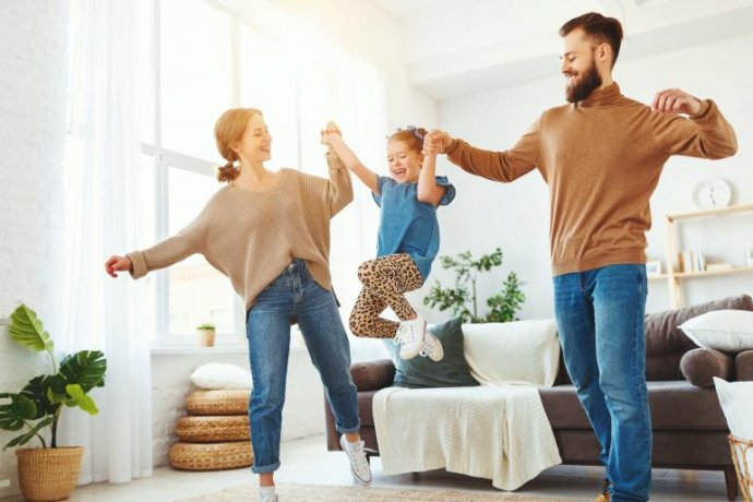 Dançar Com as Famílias: Uma Proposta Para os Profissionais